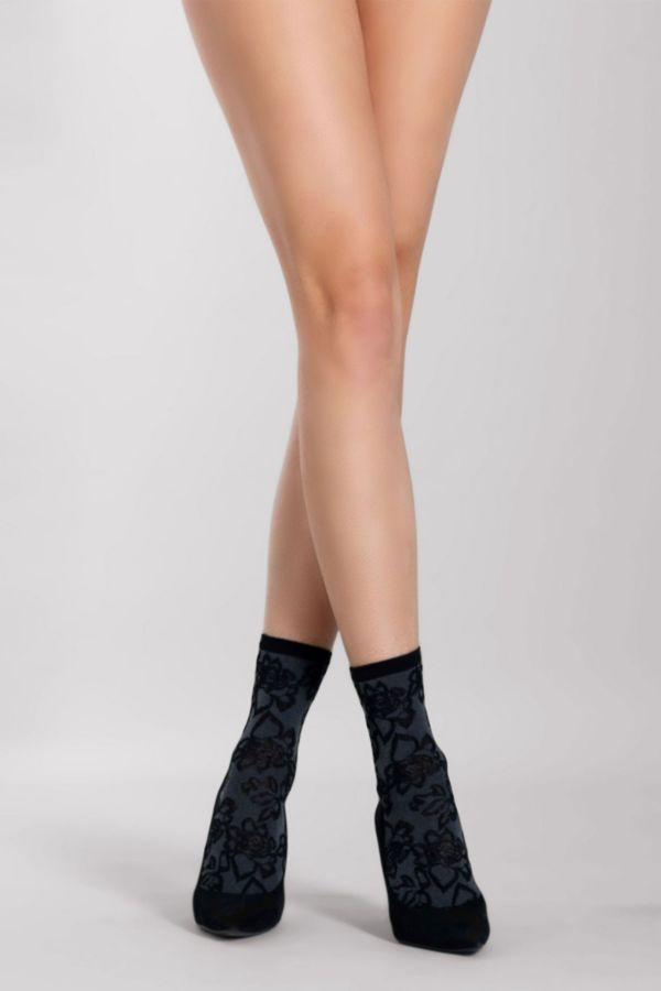 huaban-calzino-socks-silvia-grandi.jpg