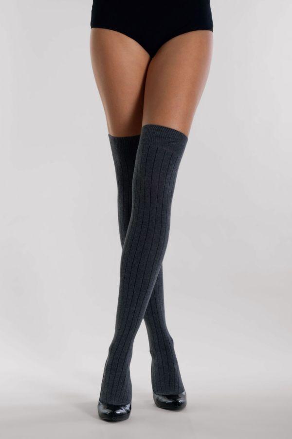 maxi-ribs-parigina-over-the-knees-silvia-grandi-legs.jpg