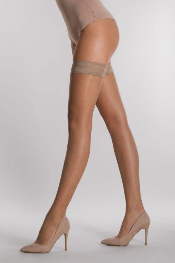 plain-15-autoreggente-hold-ups-silvia-grandi-legs-1.jpg